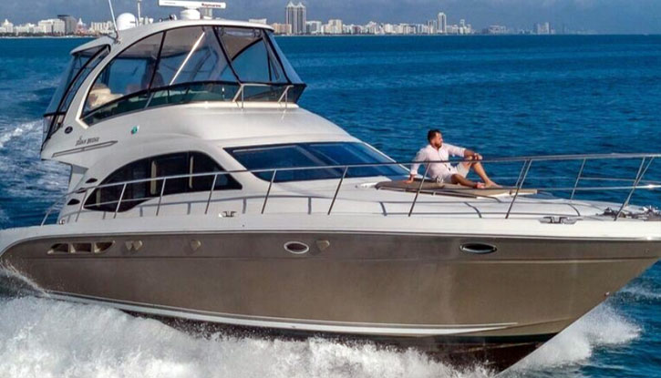 Rent Yacht in Miami