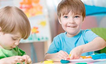 В каком возрасте лучше отдать малыша в детский сад