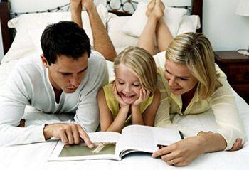 Книжная полка: читаем вместе с ребенком